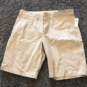 Men's size 34 slim knee length shorts